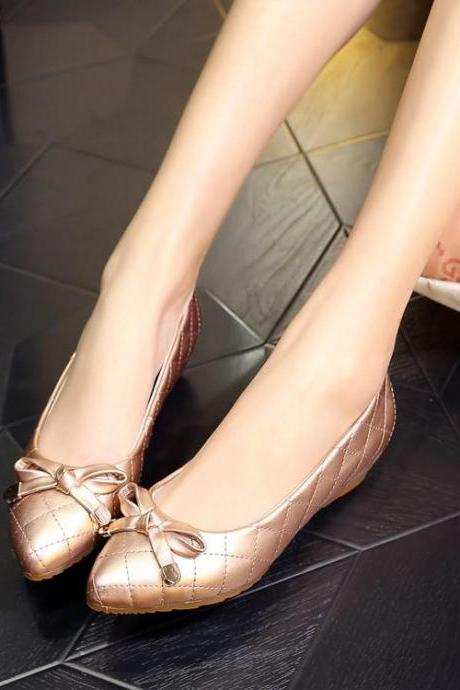 Pointed-Toe Quilted Bow Accent Ballerina Flats